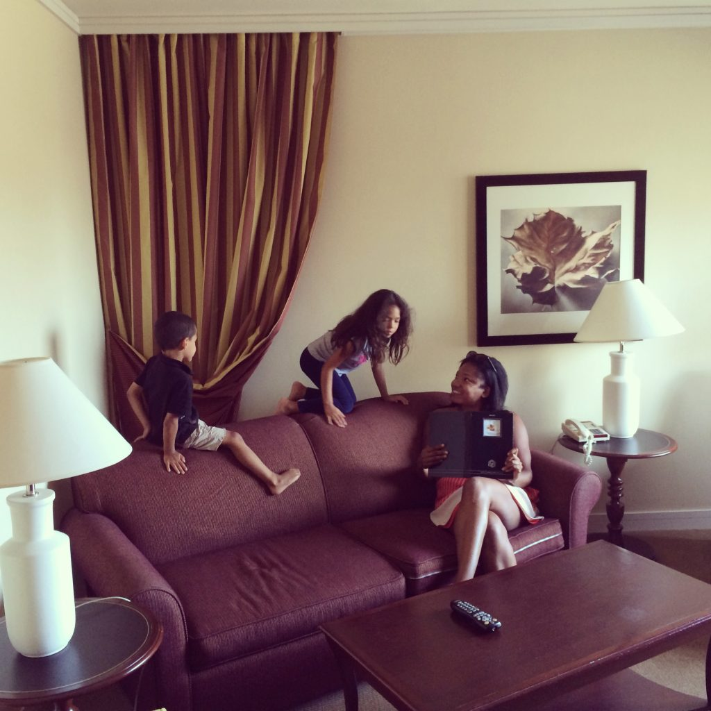 ©ClarendonMoms/Angelica Talan Enjoying the living room of our Fairmont The Queen Elizabeth Junior Suite