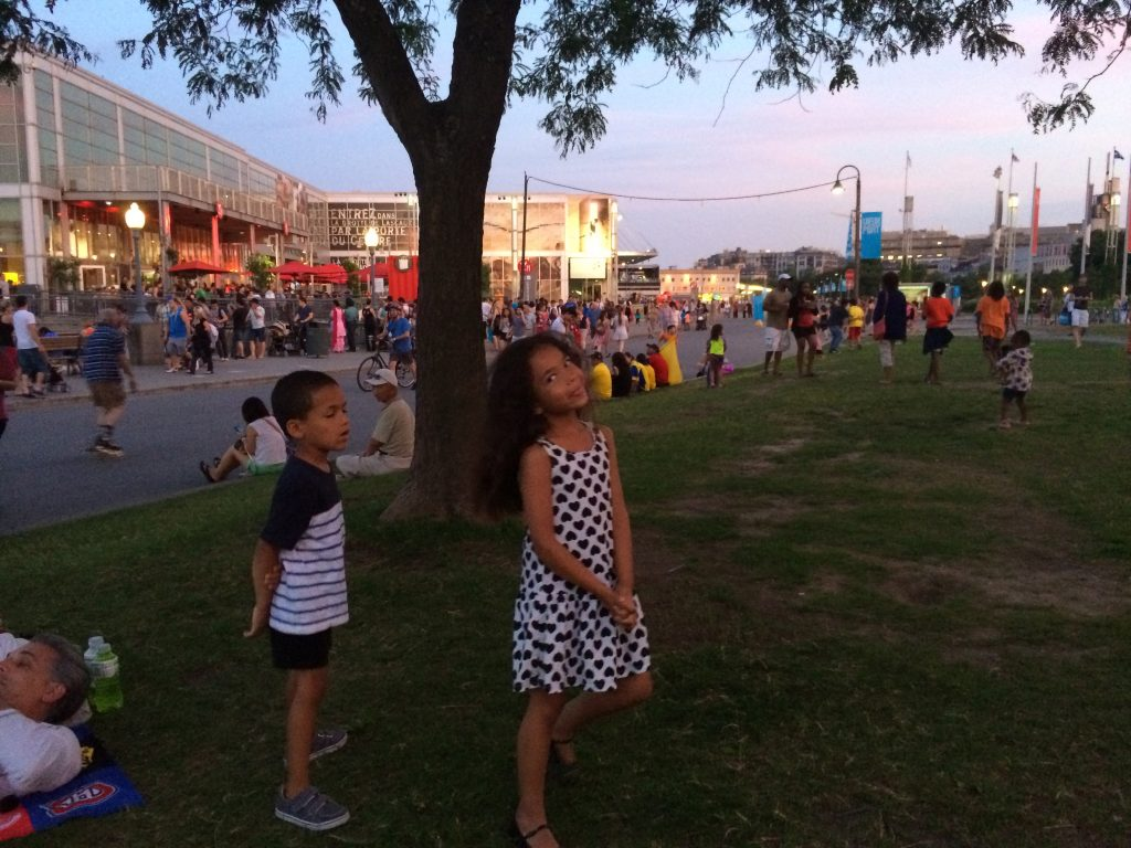©ClarendonMoms/Angelica Talan Logan & Ella in front of the Montreal Science Center waiting for Canada Day Fireworks