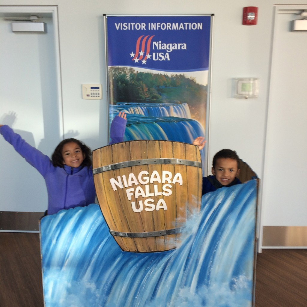 ©Clarendon Moms/Angelica Talan Thank-you Niagara Falls Tourism Bureau