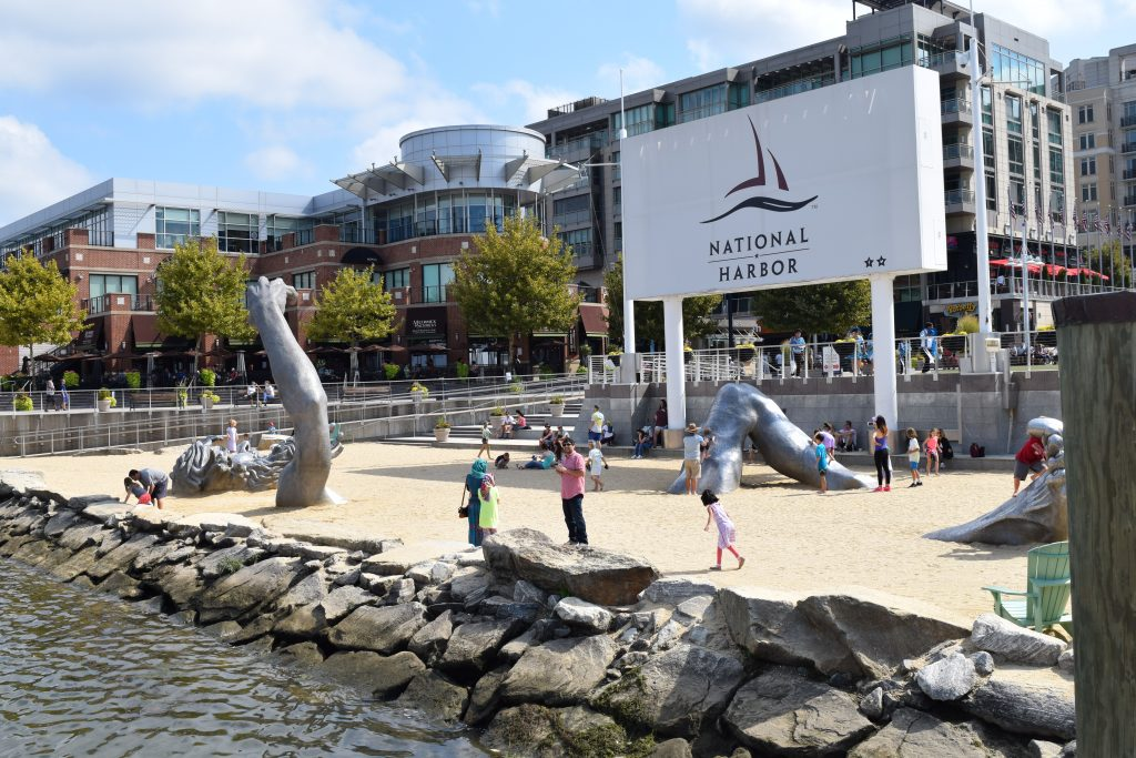 10 reasons to love the national harbor clarendon moms for Awakening sculpture national harbor